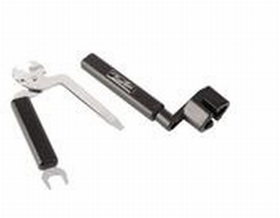 String winder with dual string clipper.