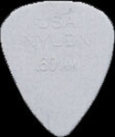 Dunlop nylon plectrum 0,60 mm.